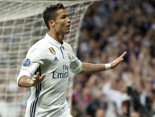 Cristiano Ronaldo marcou três vezes no Santiago Bernabéu.