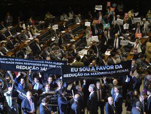 Plenário da Câmara após votação para redução da maioridade penal.