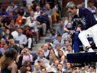 Estrela norte-americana acusa arbritragem de sexismo após ter sido punida por discutir com o juiz durante a final contra a japonesa Naomi Osaka, de 20 anos, que conquistou seu primeiro Grand Slam