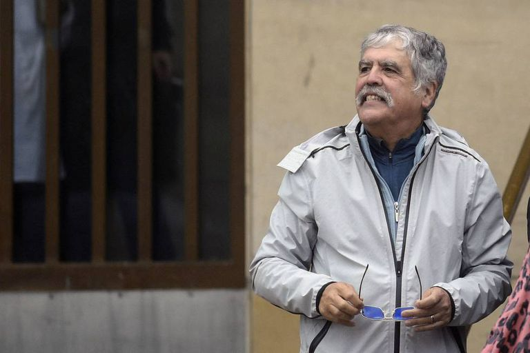 O ex-ministro Julio de Vido numa foto de arquivo em frente aos tribunais federais de Buenos Aires.