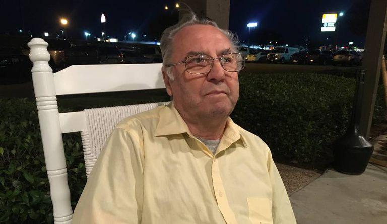 Clive Doyle, sobrevivente de Waco, durante a entrevista.