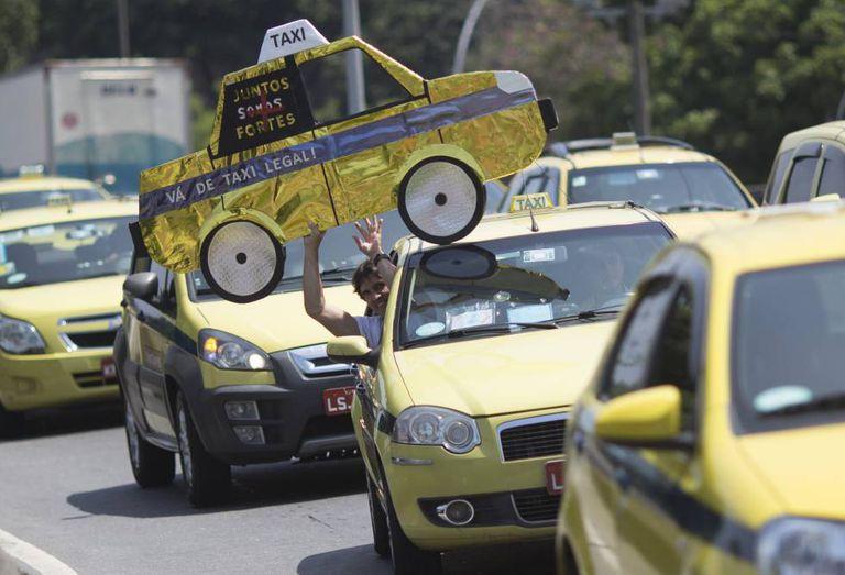 Em novembrou, houve mais um protesto de taxistas cariocas nas ruas do Rio.