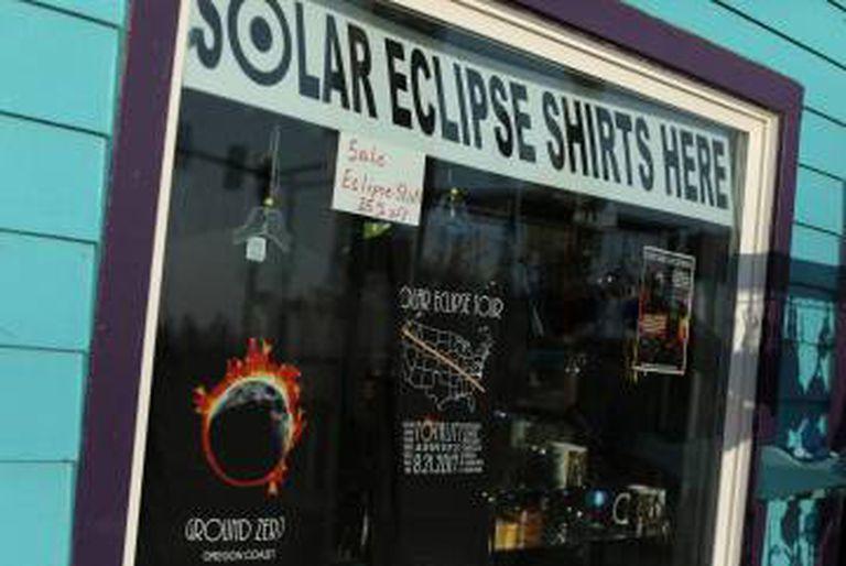 A cidade de Depoe Bay, em Oregón, prepara-se para o eclipse.