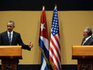 Em coletiva de imprensa junto a Raúl Castro, Obama pede mais democracia
