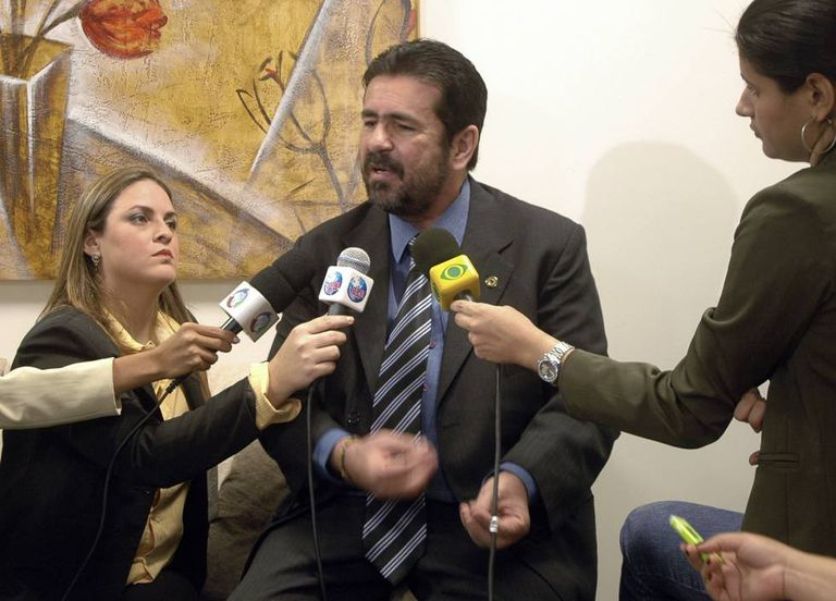 O deputado e apresentador Souza quando a suspeita surgiu, em 2009.