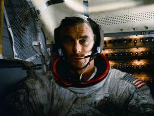 Eugene Cernan, no Apolo 17