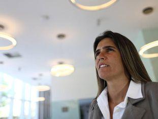 Emily Lima, a treinadora da seleção feminina.