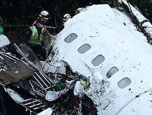 Avião saiu de Santa Cruz de la Sierra, na Bolívia, rumo à Colômbia. Aeronave reportou falhas elétricas, segundo autoridades