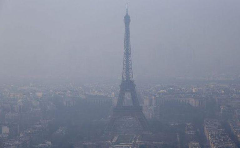 Vista da Torre Eiffel, em 18 de março.