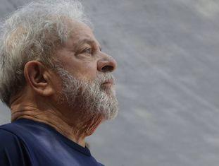 Ex-presidente Lula em foto de 7 de abril de 2018.