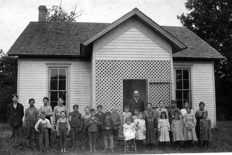 Escola no condado de Parke, em Indiana, 1898.