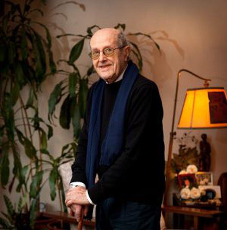 Manoel de Oliveira, retratado na sua casa, no Porto, em dezembro de 2009.