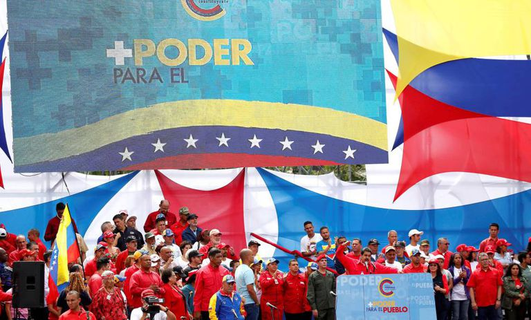 Maduro faz discurso pela Constituinte nesta quinta em Caracas.