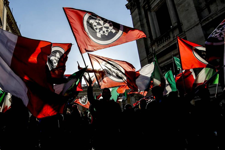 Manifestação de ultradireitistas em Roma.