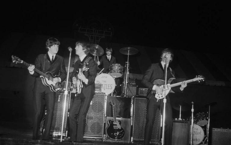 Os Beatles durante uma apresentação em Nova York em 1970