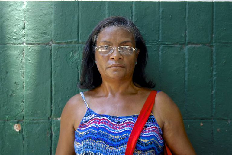 Creusa Maia dos Santos, servidora aposentada de 56 anos.