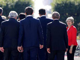 Theresa May chega nesta quinta-feira à cúpula europeia de Salzburgo (Áustria).