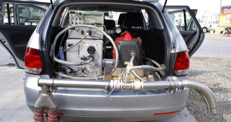 Veículo utilizado no estudo, equipado com o PEMS.