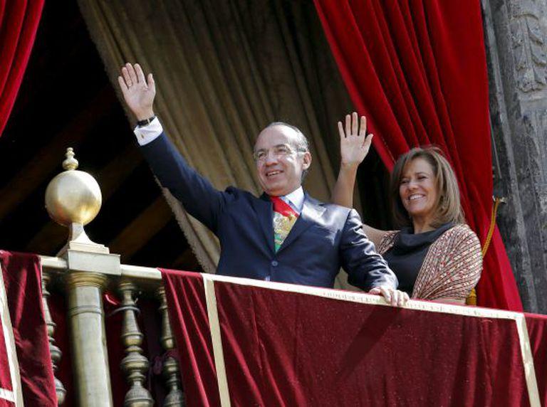 Felipe Calderón junto da sua esposa, Margarita Zavala, em 2012.