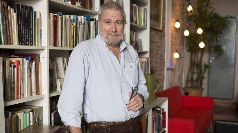 O editor Alejandro Katz, em Buenos Aires.