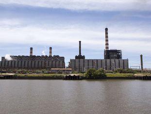 Usina termoeléctrica em Buenos Aires.
