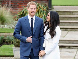 Ainda vão se casar no começo do ano que vem, mas a atriz Meghan Markle, conhecida por seu papel na série 'Suits', passará a fazer parte da família real britânica após o recente anúncio de seu casamento com o príncipe Harry da Inglaterra.