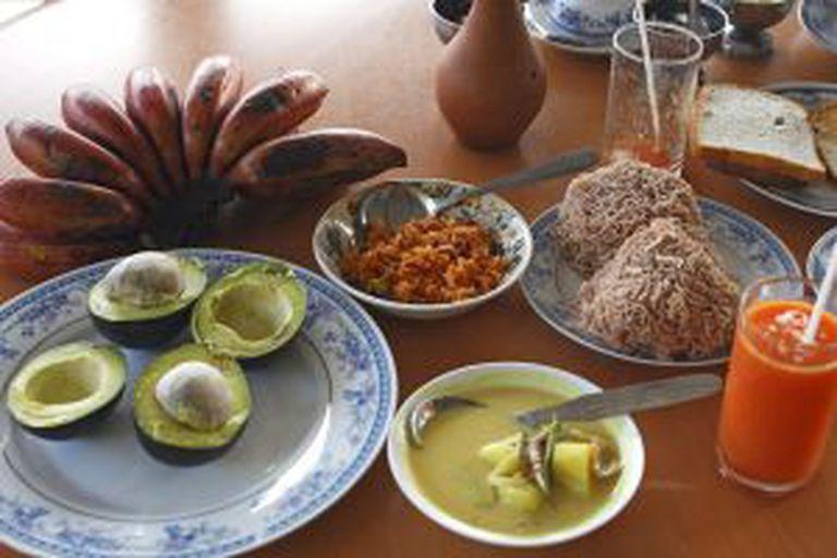 Café da manhã clássico em um hotel de Kandy (Sri Lanka).