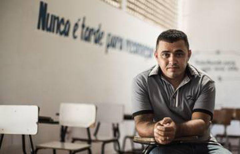 Ângelo de Araújo, que viu um primo ser morto no cárcere por tentar extorquir outros presos