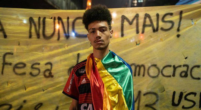 Thiago: 'Bolsonaro é assumidamente homofóbico e racista e eu sou negro e gay'