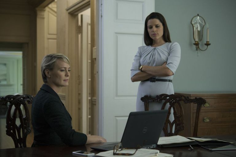 Robin Wright e Neve Campbell, em 'House of Cards'.