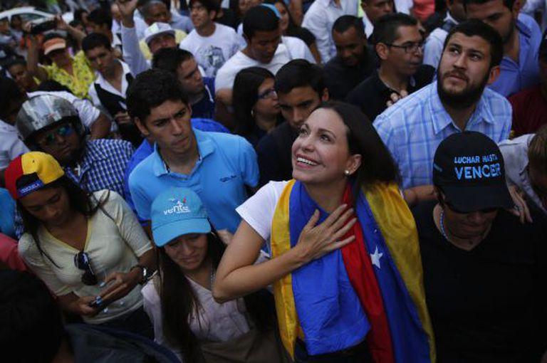 Machado entre seus eleitores, no dia 26 de março.