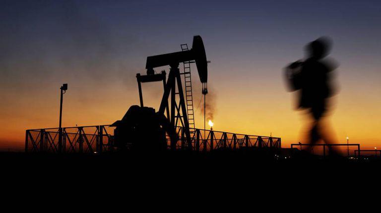 Plataforma de extração de petróleo no Bahrein