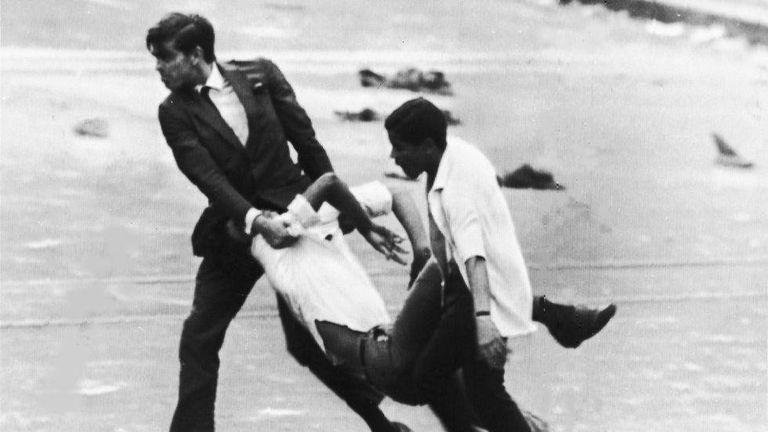 Registro histórico da época da ditadura militar no Brasil.