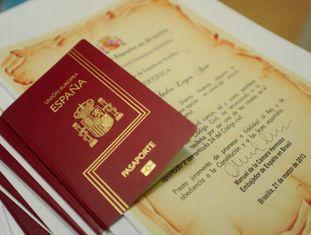 Concessão de passaportes espanhóis a cidadãos brasileiros.
