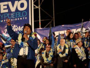 Evo Morales fecha a campanha eleitoral em El Alto, na quarta-feira.