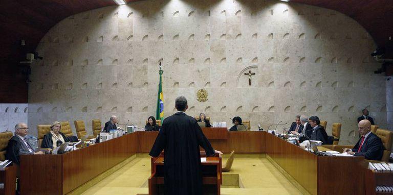 Sessão plenária do STF.