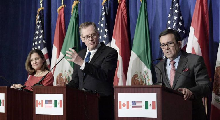 Representante do Canadá, EUA e México anunciam os resultados das negociações do Tratado de Livre Comércio da América do Norte.