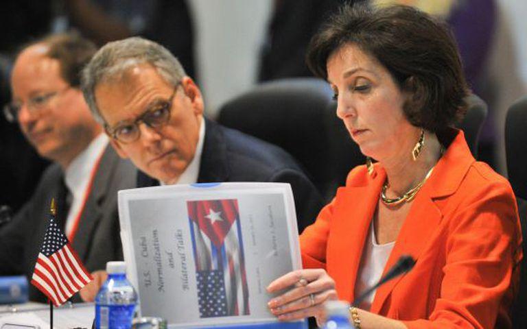 A secretária de Estado dos EUA para a América Latina, Roberta Jacobson, durante a reunião.