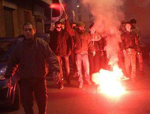 Manifestação islamofóbica em Ajaccio, em 26 de dezembro.