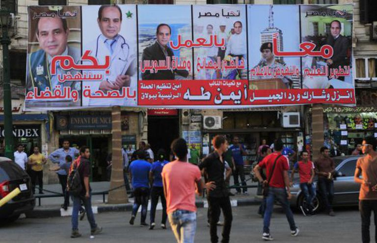 Propaganda eleitoral do general Al-Sisi nas ruas do Cairo.