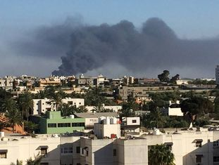 Confrontos violentos – o terceiro conflito em sete meses – irromperam na capital da Líbia.