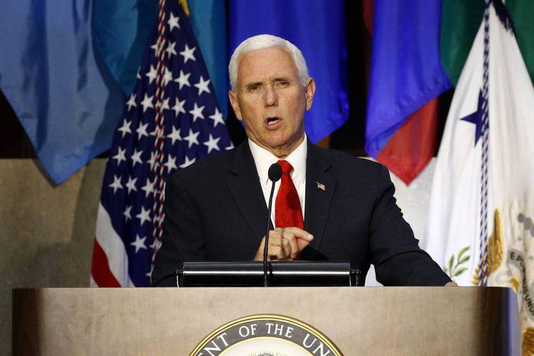 Mike Pence durante seu pronunciamento na Conferência das Américas.