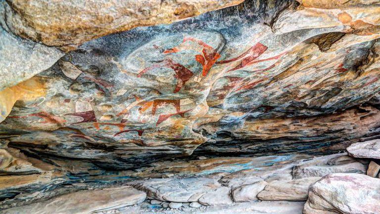 Pinturas rupestres nas cavernas de Laas Geel, perto de Hargeisa (Somália).