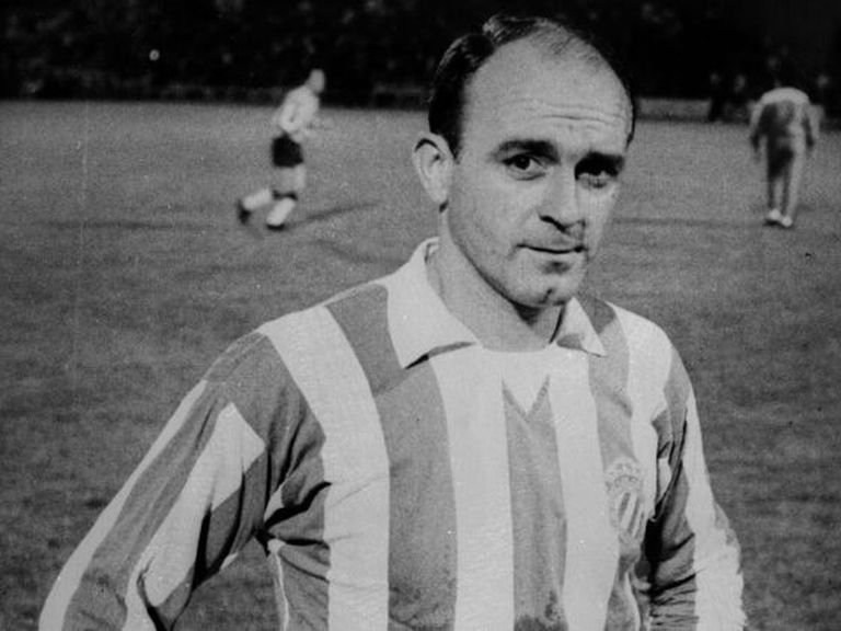 A primeira aparição de Di Stéfano no Barça contra o Olympique de Lyon, em 10 de setembro de 1964.