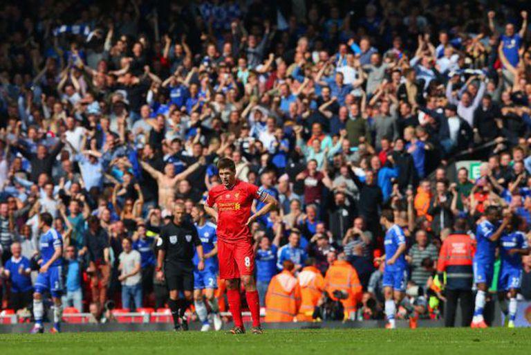Gerrard lamenta sua falha no gol do Chelsea