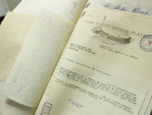 Documento datado de 7 de agosto de 1953