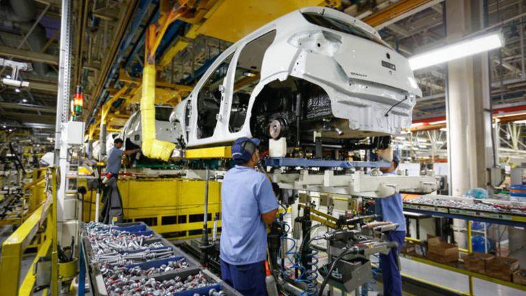 O setor industrial será um dos que mais deve sofrer neste ano