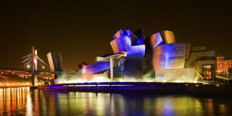 El Guggenheim Bilbao, uma das grandes obras de Gehry (1997).