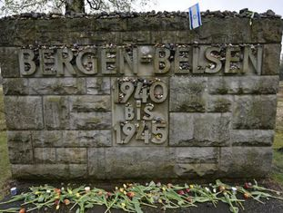 Campo nazista de Bergen Belsen, onde morreu Anne Frank.