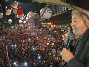 Lula discursa na Paulista em junho deste ano.